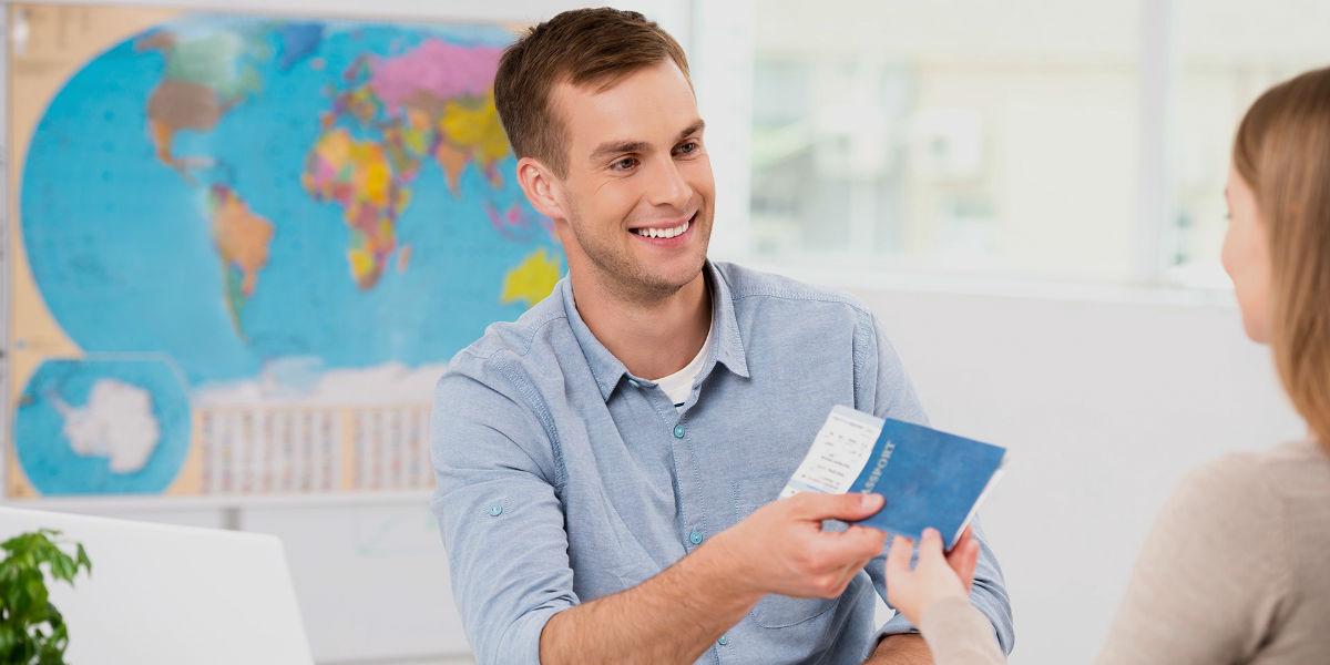 Travel agent consultant