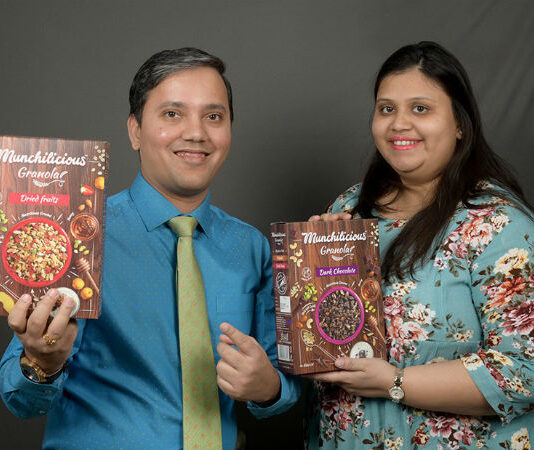 Founders of Munchilicious Granola
